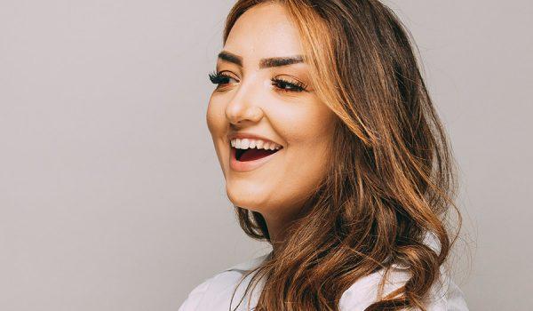 Gesund und glücklich lächeln dank Ästhetischer Zahnmedizin Leverkusen