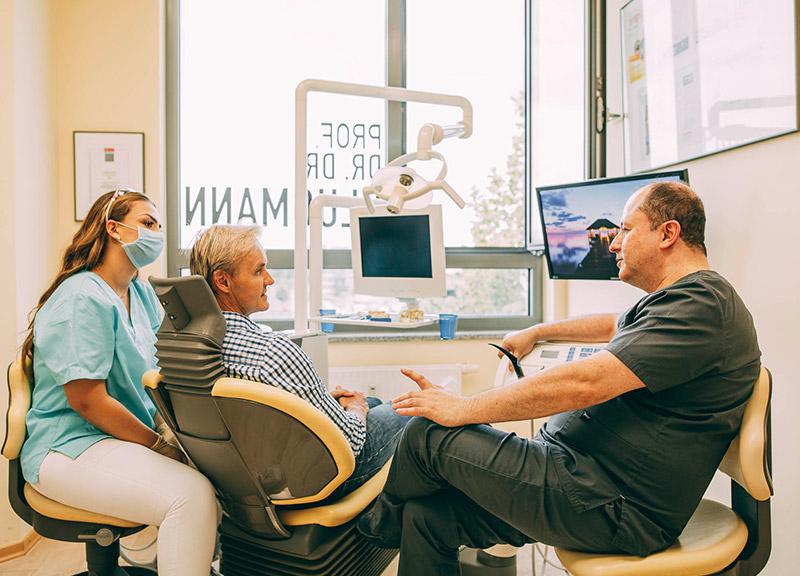 KFO für Erwachsene Leverkusen für den späten Wunsch nach geraden Zähnen