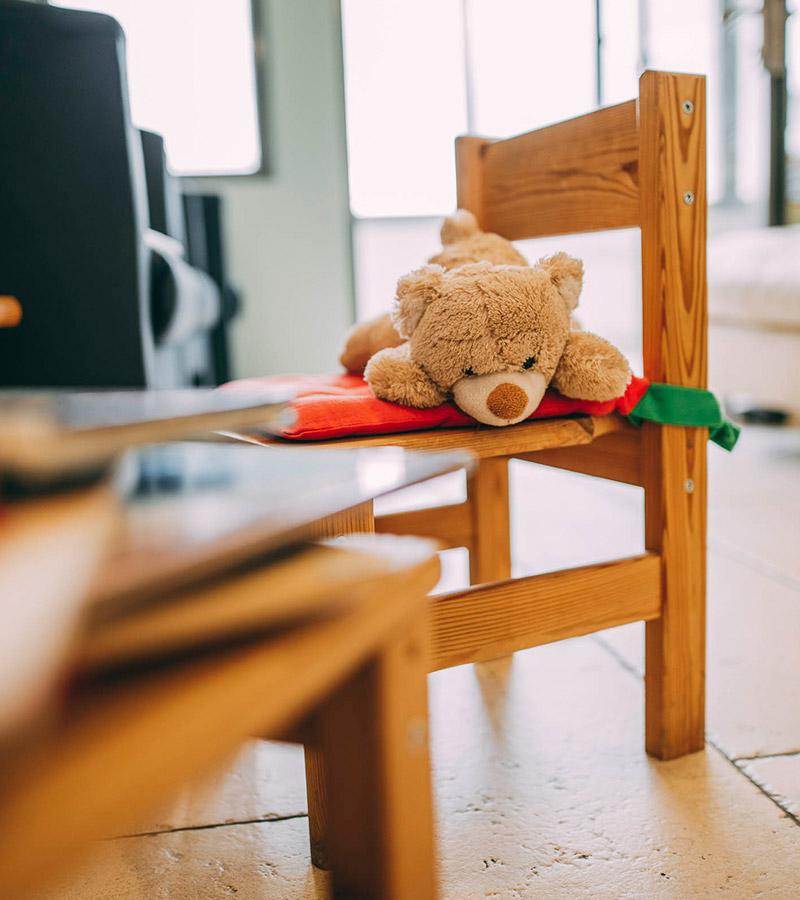 Ein Teddy für die Kinderbehandlung bei Zahnarzt Plugmann Leverkusen